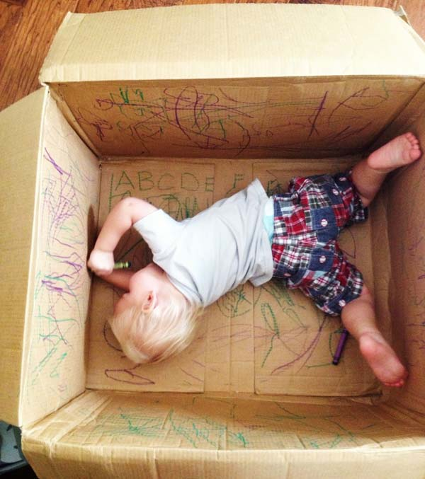27 Ideas on How to Use Cardboard Boxes for Kids Games and Activities DIY Projects homesthetics diy cardboard projects (5)