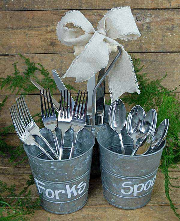 27 Ingenious DIY Cutlery Storage Solution Projects That Will Declutter Your Kitchen homesthetics storage ideas (1)