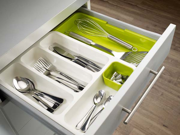 27 Ingenious DIY Cutlery Storage Solution Projects That Will Declutter Your Kitchen homesthetics storage ideas (3)
