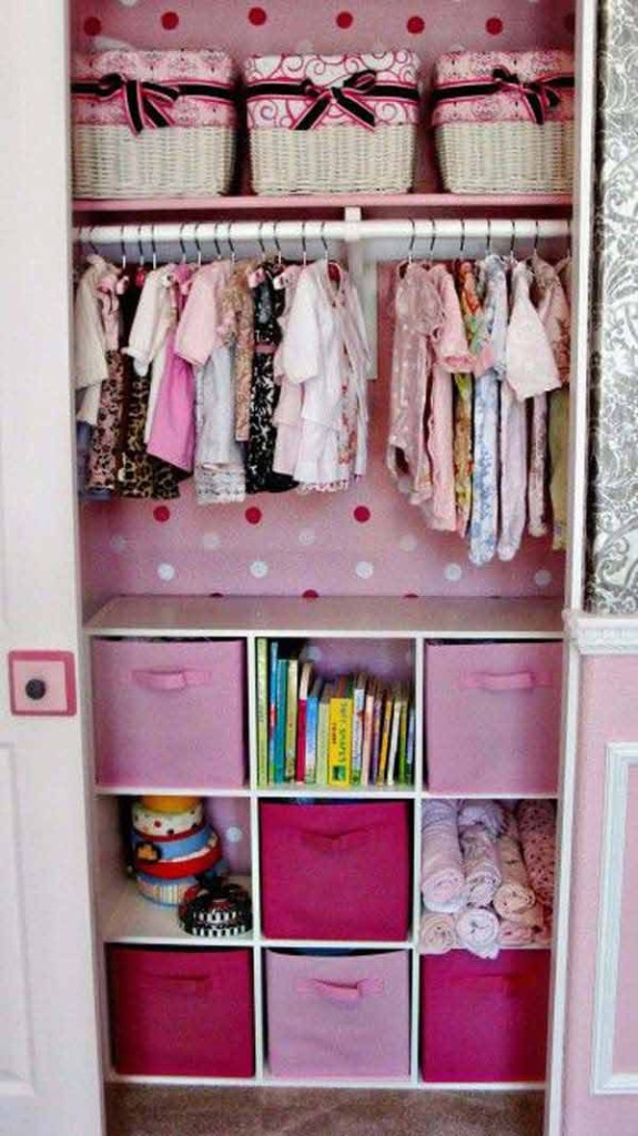 28 Smart Tips Tricks and Hacks to Organize Your Child's Room Beautifully homesthetics decor (15)