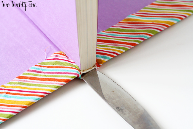 DIY Cheap And Creative Fabric Covered Books (9)