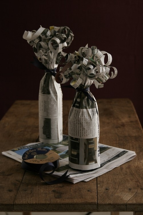 DIY Wine bottles crafts with newspapers(6)