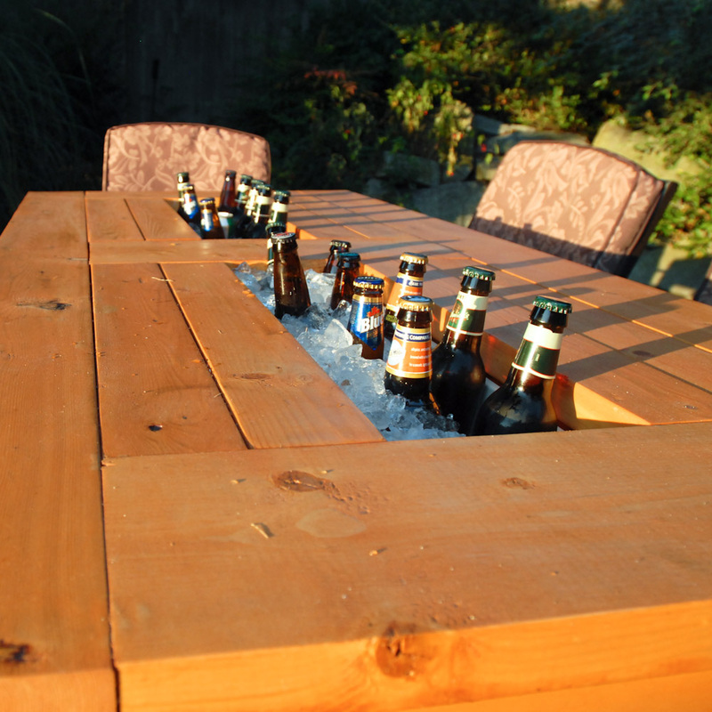 How To Build A DIY Patio Table With Built-in BeerWine Coolers-homesthetics (27)