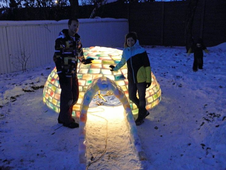 How to Build a Milk Jug Igloo And Sustain The Recycling Movement-homesthetics (2)