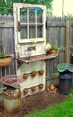 Insanely Beautiful DIY Upcycled Garden Gates That You Will Simply Adore homesthetics recycling windows and doors (7)