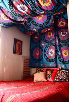 18 Colorful Headboard Designs That Will Beautify Your Bedroom homesthetics decor (4)
