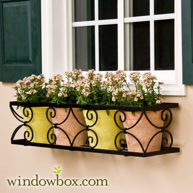 19 Simply Breathtaking Flower Box Ideas to Accessorize Windows With Greenery homesthetics flower decor (14)