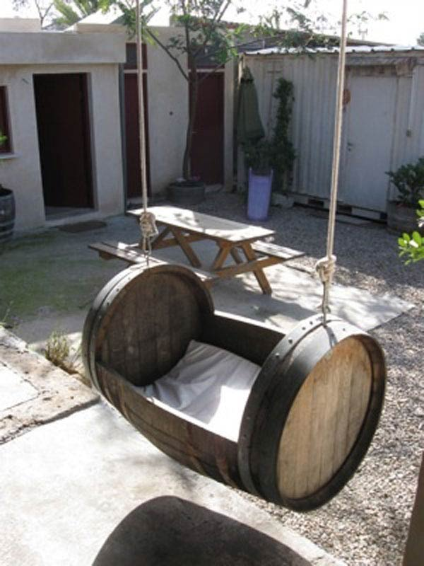 25 Brilliantly Creative DIY Projects Reusing Old Wine Barrels homesthetics decor ideas (17)