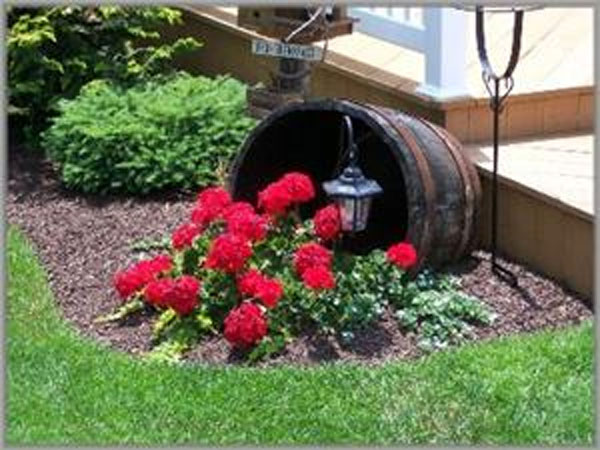 25 Brilliantly Creative DIY Projects Reusing Old Wine Barrels homesthetics decor ideas (23)