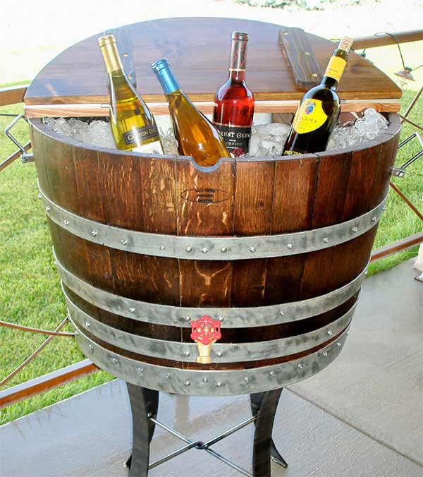 25 Brilliantly Creative DIY Projects Reusing Old Wine Barrels homesthetics decor ideas (26)