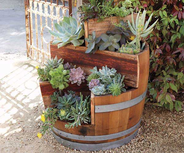 25 Brilliantly Creative DIY Projects Reusing Old Wine Barrels homesthetics decor ideas (6)