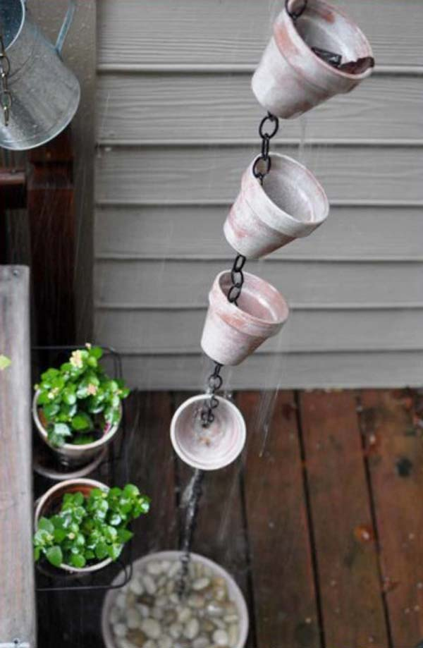 26 Beautiful Simple and Inexpensive Garden Projects Realized With Clay Pots homesthetics decor ideas (18)