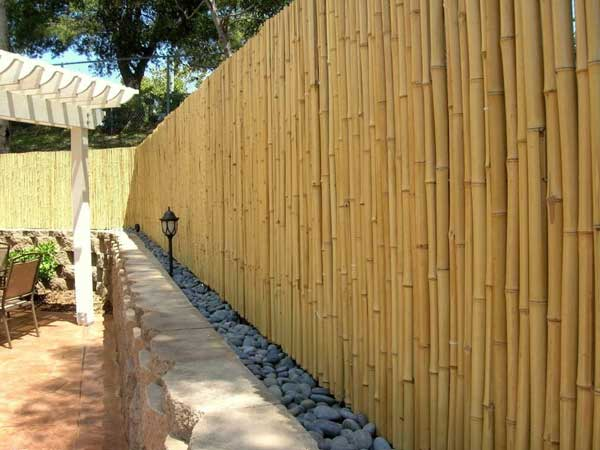 20. SIMPLE AND BEAUTIFUL BAMBOO FENCE