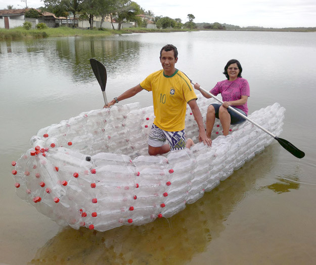 28 Jaw-Dropping Ways to Reuse Plastic Bottles Beautifully (13)