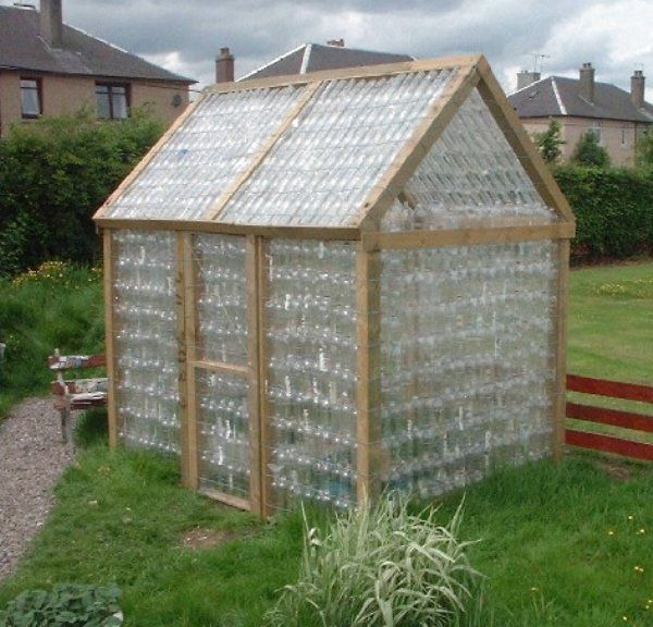 28 Jaw-Dropping Ways to Reuse Plastic Bottles Beautifully (9)