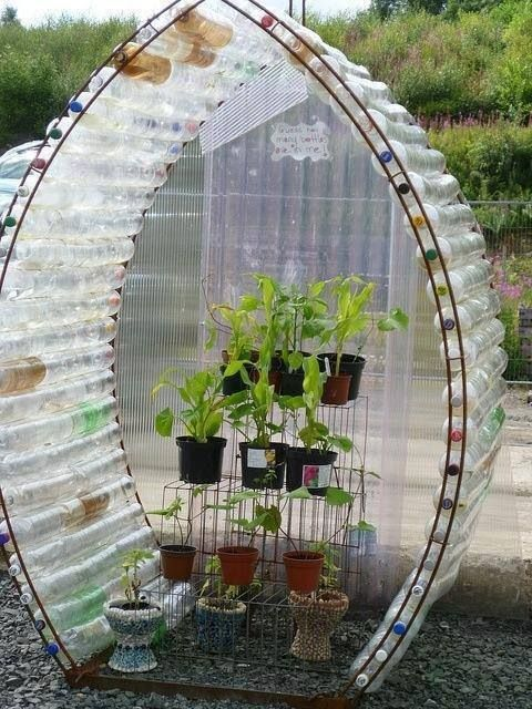 28 Jaw-Dropping Ways to Reuse Plastic Bottles Beautifully usefuldiyprojects.com decor (3)