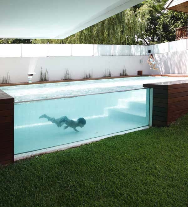 28 Mindbogglingly Alluring Small Backyard Designs Beautified by Swimming Pools homesthetics backyard (11)