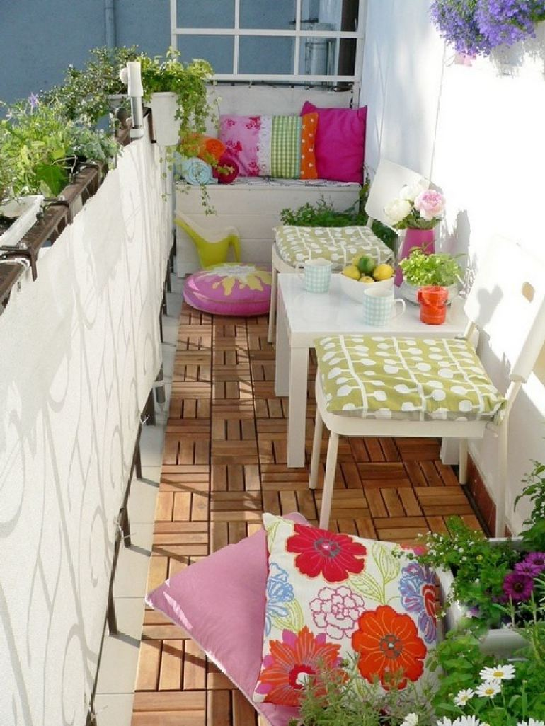 53 Mindblowingly Beautiful Balcony Decorating Ideas to Start Right Away homesthetics.net decor ideas (10)