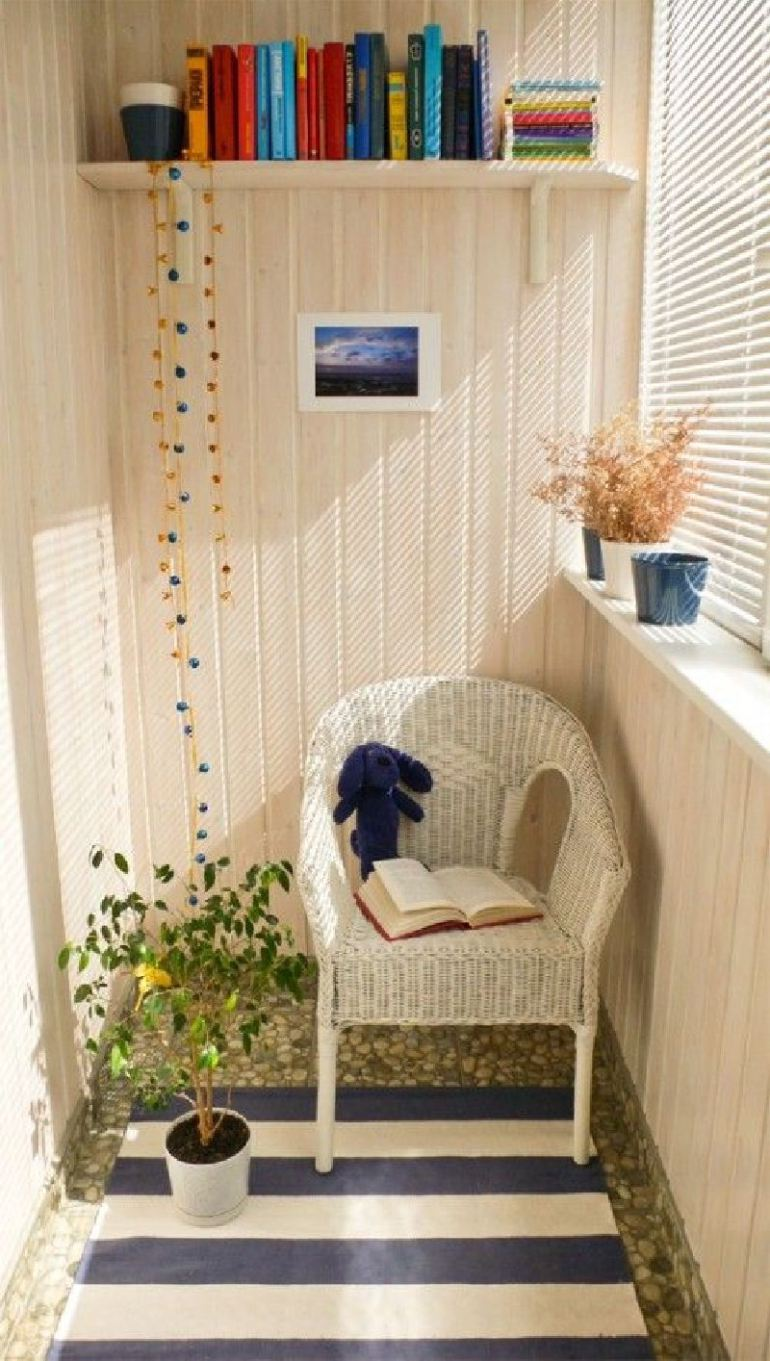 53 Mindblowingly Beautiful Balcony Decorating Ideas to Start Right Away homesthetics.net decor ideas (11)