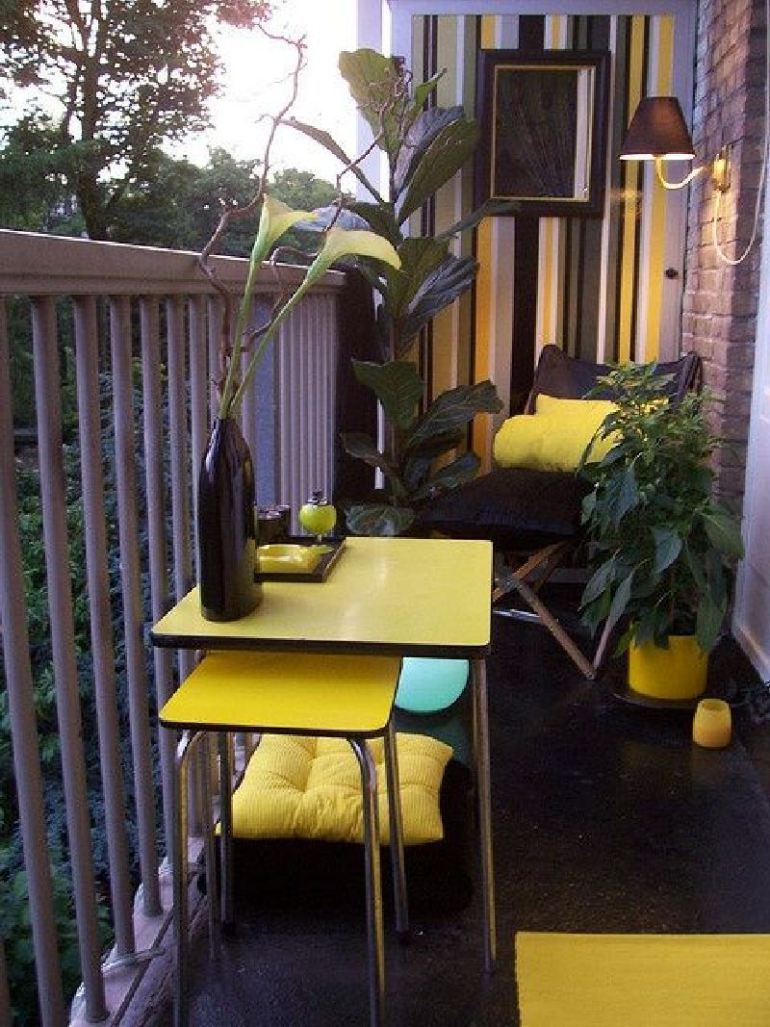 53 Mindblowingly Beautiful Balcony Decorating Ideas to Start Right Away homesthetics.net decor ideas (12)