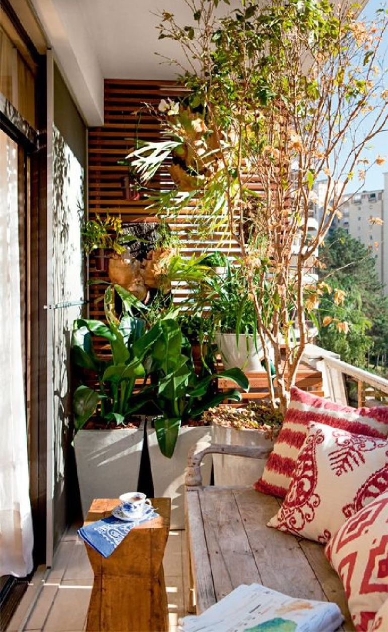53 Mindblowingly Beautiful Balcony Decorating Ideas to Start Right Away homesthetics.net decor ideas (18)