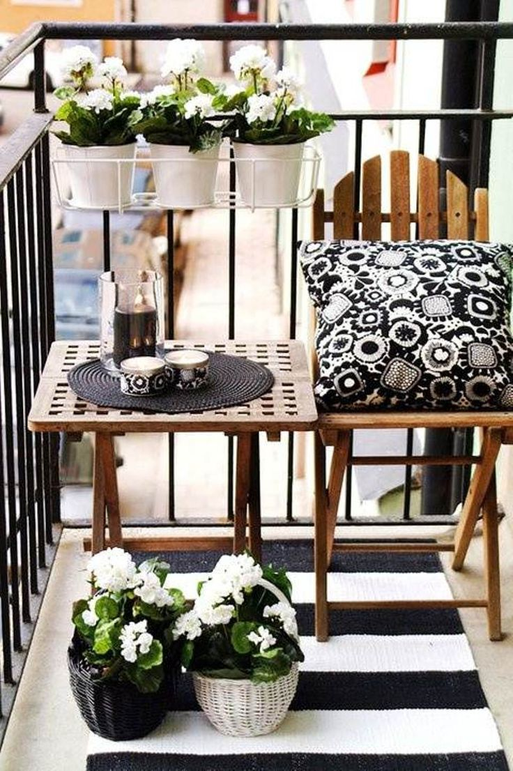 53 mindblowingly beautiful balcony decorating ideas to for Deco shabby chic pas cher