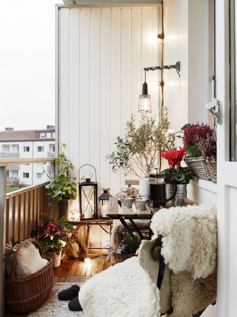 53 Mindblowingly Beautiful Balcony Decorating Ideas to Start Right Away homesthetics.net decor ideas (4)