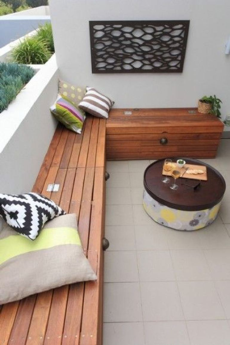 53 Mindblowingly Beautiful Balcony Decorating Ideas to Start Right Away homesthetics.net decor ideas (47)