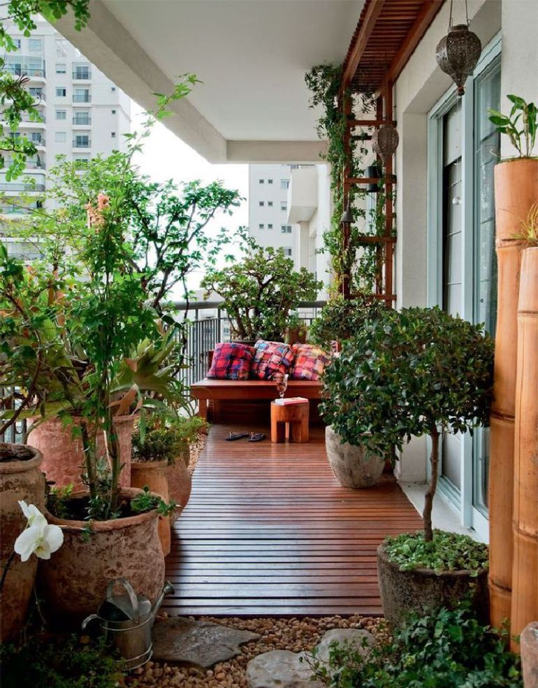 53 Mindblowingly Beautiful Balcony Decorating Ideas to Start Right Away homesthetics.net decor ideas (49)