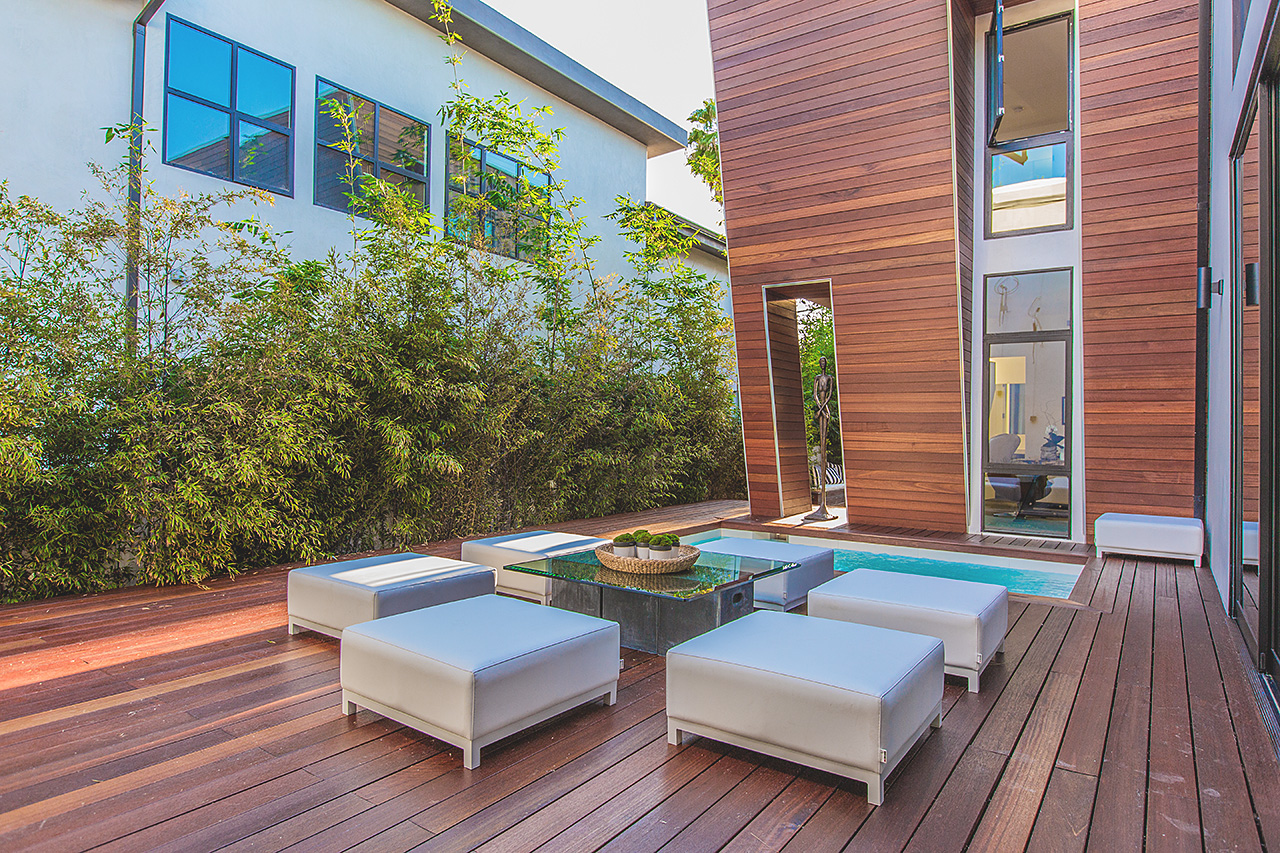 High-End Modern Mansion by Amit Apel Architecture Located in Los Angeles, CA homesthetics decor (11)