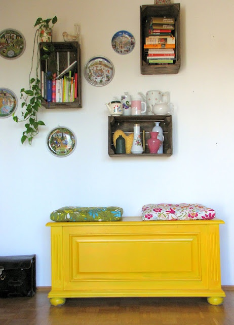 Paint Your World With Yellow Furniture projects-www.homesthetics (42)