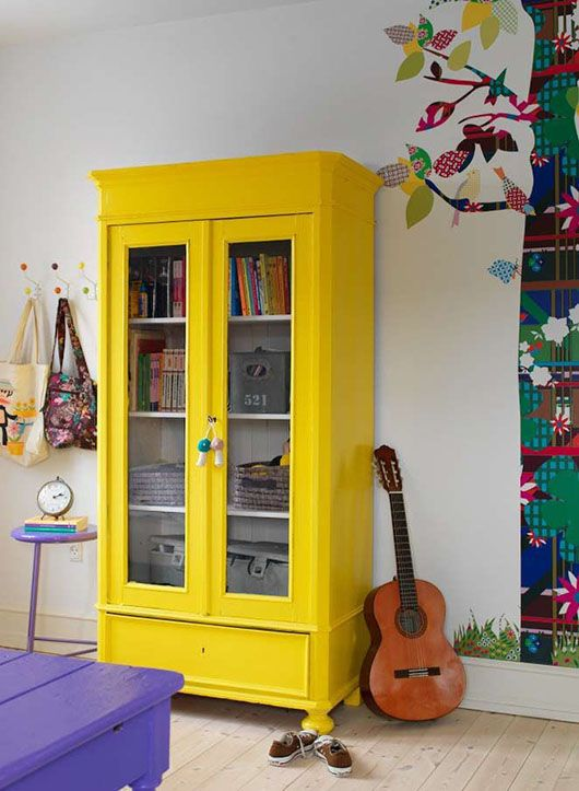 Paint Your World With Yellow Furniture projects-www.homesthetics (48)