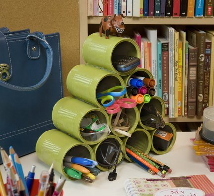 14 Smart Ways to Store and Organize Your Desk in DIY Projects homesthetics diy desk organzing ideas (5)