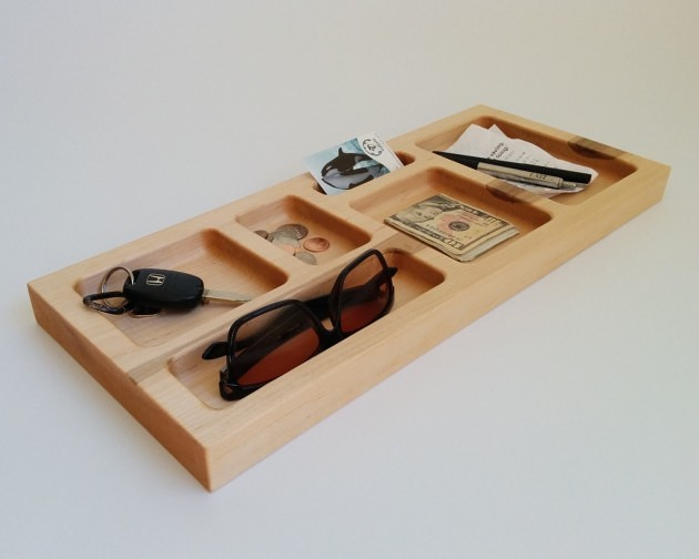 14 Smart Ways to Store and Organize Your Desk in DIY Projects homesthetics diy desk organzing ideas (8)