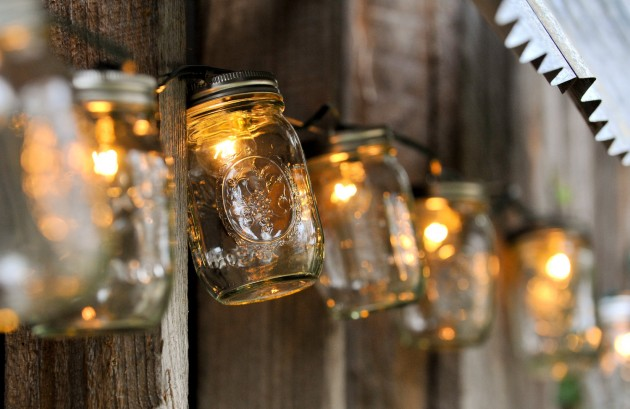 16 DIY Magical Outdoor Lighting Solutions for Your Backyard - homesthetics decor (1)