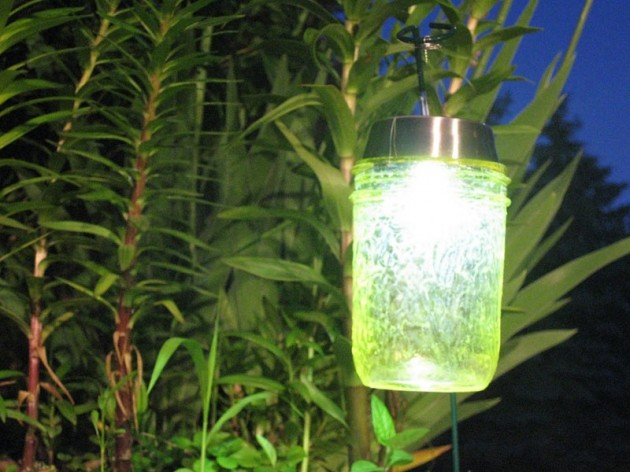 16 DIY Magical Outdoor Lighting Solutions for Your Backyard - homesthetics decor (16)