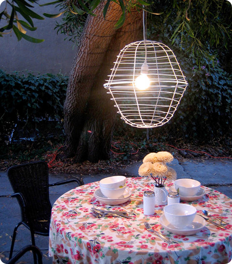 16 DIY Magical Outdoor Lighting Solutions for Your Backyard - homesthetics decor (8)