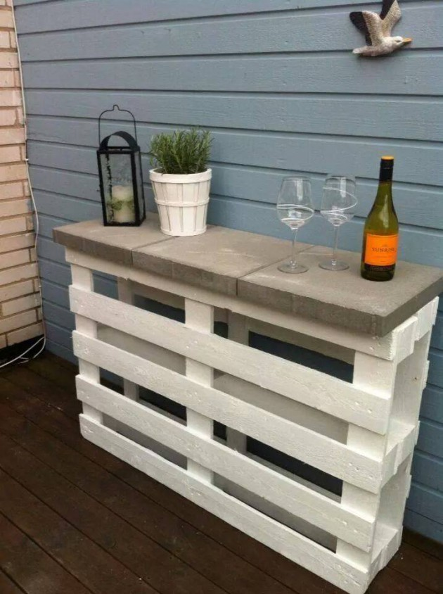 16 Small DIY Home Bar Ideas That Will Enhance Your Parties homesthetics bar diy projects (15)