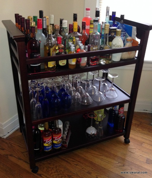 16 small diy home bar ideas that will enhance your parties for Mini bar decorating ideas