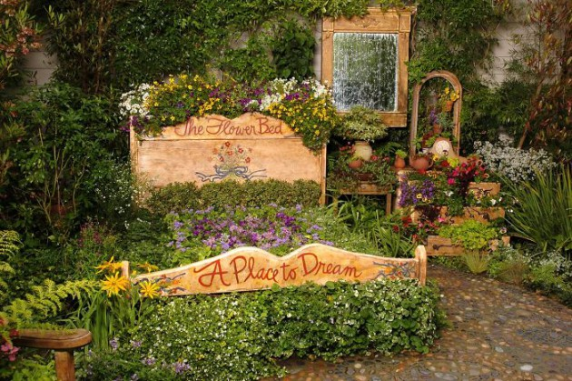 19 of The Worlds Best Ways to Repurpose Old Furniture in Your Garden homesthetics backyard landscaping (10)