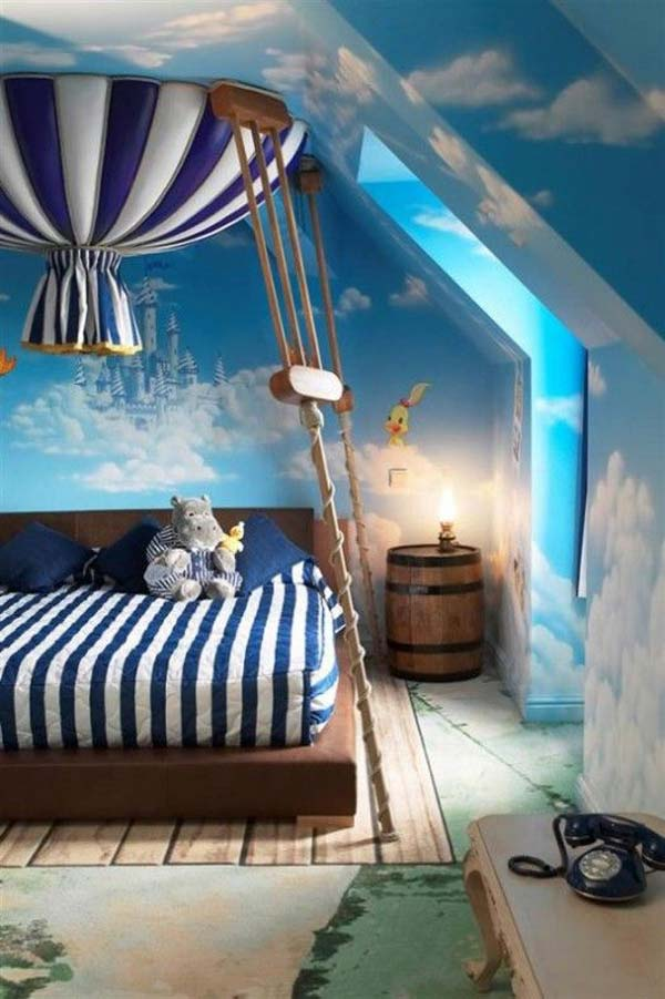#6 Balloon Themed Bedroom Nestled Between The Clouds