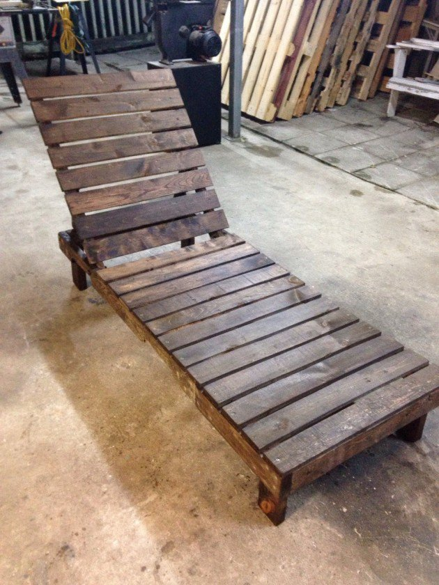 22 Simply Clever Homemade Pallet Furniture Designs To