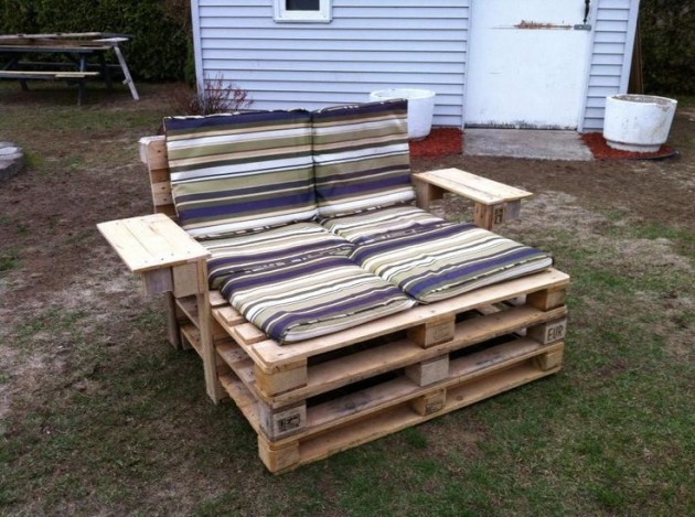 #26 SMALL WOODEN COUCH FOR AN OUTDOOR CINEMA