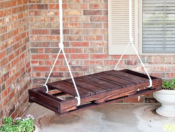 #15 OUTDOOR PATIO SWING REALIZED FROM WOODEN PALLETS