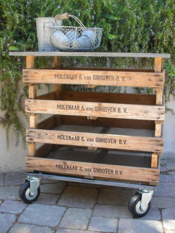 #7 OUTDOOR MOVABLE STORAGE UNIT WITH VINTAGE ASPECT