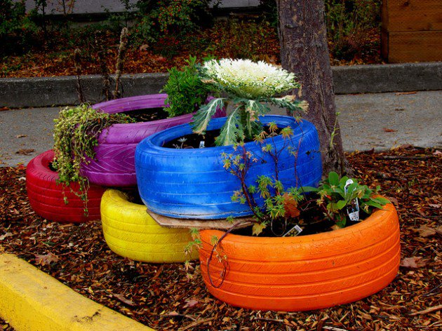 DIY Projects On How To Reuse Tires-homesthetics (22)