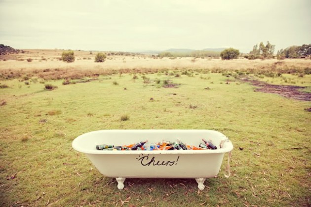 DIY Repurposed Bathtubs Projects-homesthetics (9)