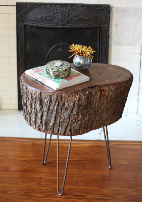 Magical DIY Tree Stump Table Ideas That Will Transform Your World homesthetics wood diy projects (10)