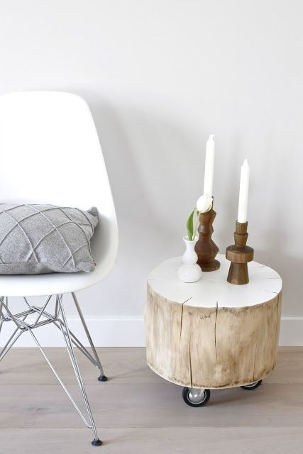 Magical DIY Tree Stump Table Ideas That Will Transform Your World homesthetics wood diy projects (15)