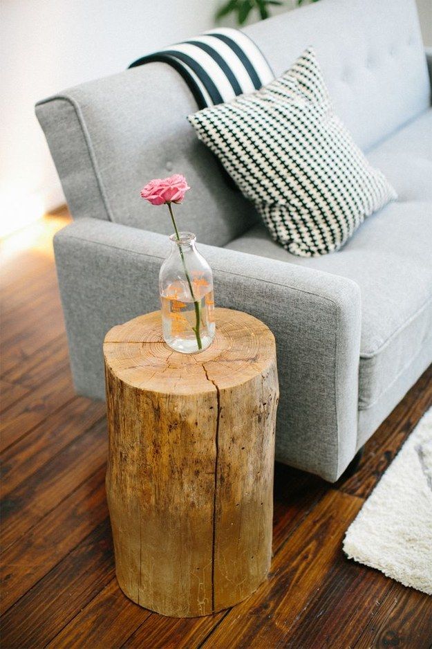 #1 Simple Vase On Tree Stump Side Table